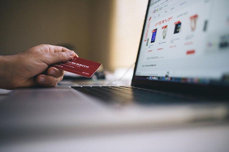 kártyás vásárlás a legbiztonságosabb?