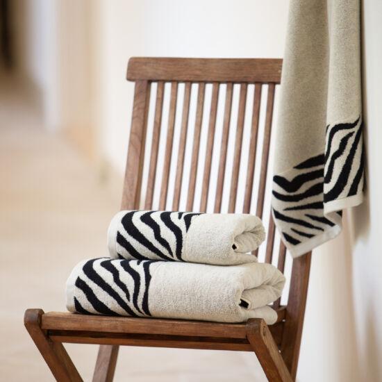 Okapi beige állatmintás törölköző