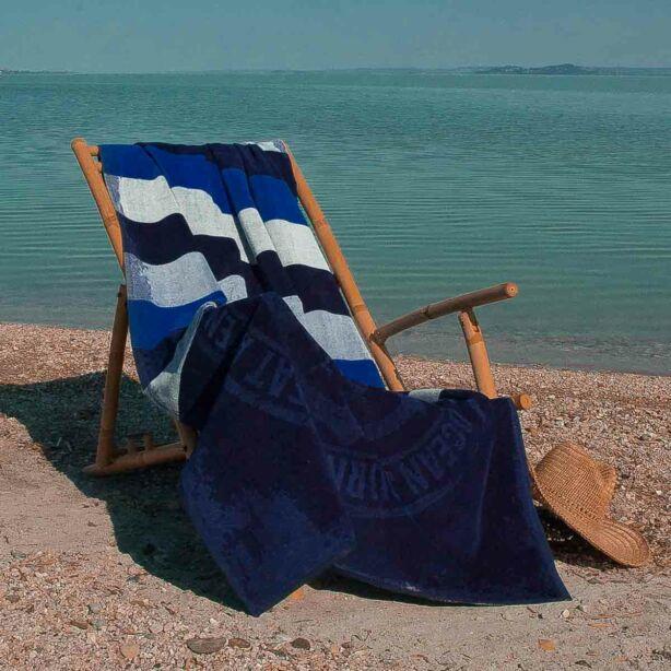 Yachting Club strandtörölköző